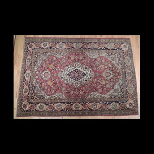 Wonderful Antique Persian Isfahan Rug 5 x 7