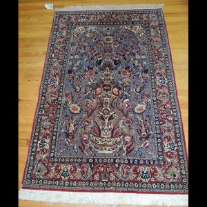 Spectacular small Antique Persian Isfahan Oriental Area Rug 3 x 5