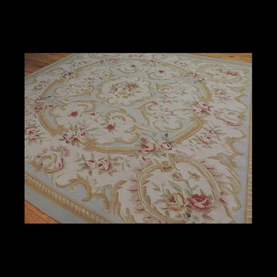 Lovely elegant square French Aubusson Design Oriental Area Rug 6 x 6