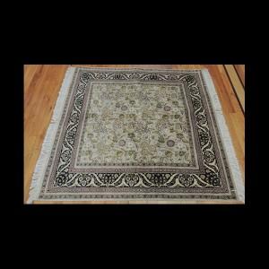 Splendid Square Persian Kashan Oriental Rug 4 x 4