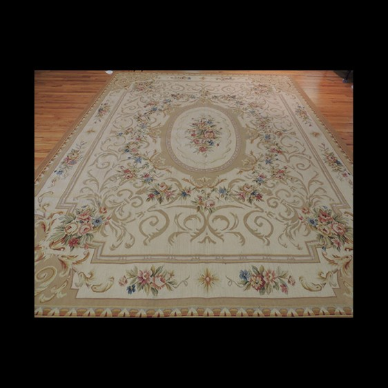 French Oriental Rugs : Stunning french aubusson design oriental area rug